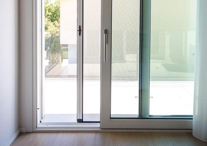 Infissi in pvc e alluminio finestre zanzariere - Finestre pvc venezia ...